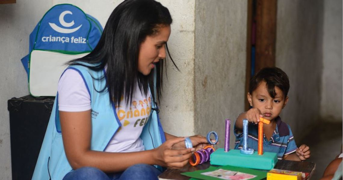ONU Mulheres seleciona, até 29/6, Consultoria Nacional para Elaboração de Diagnóstico e Material de Capacitação para o Programa Criança Feliz. Tema: Mulheres Gestantes e crianças migrantes e refugiadas