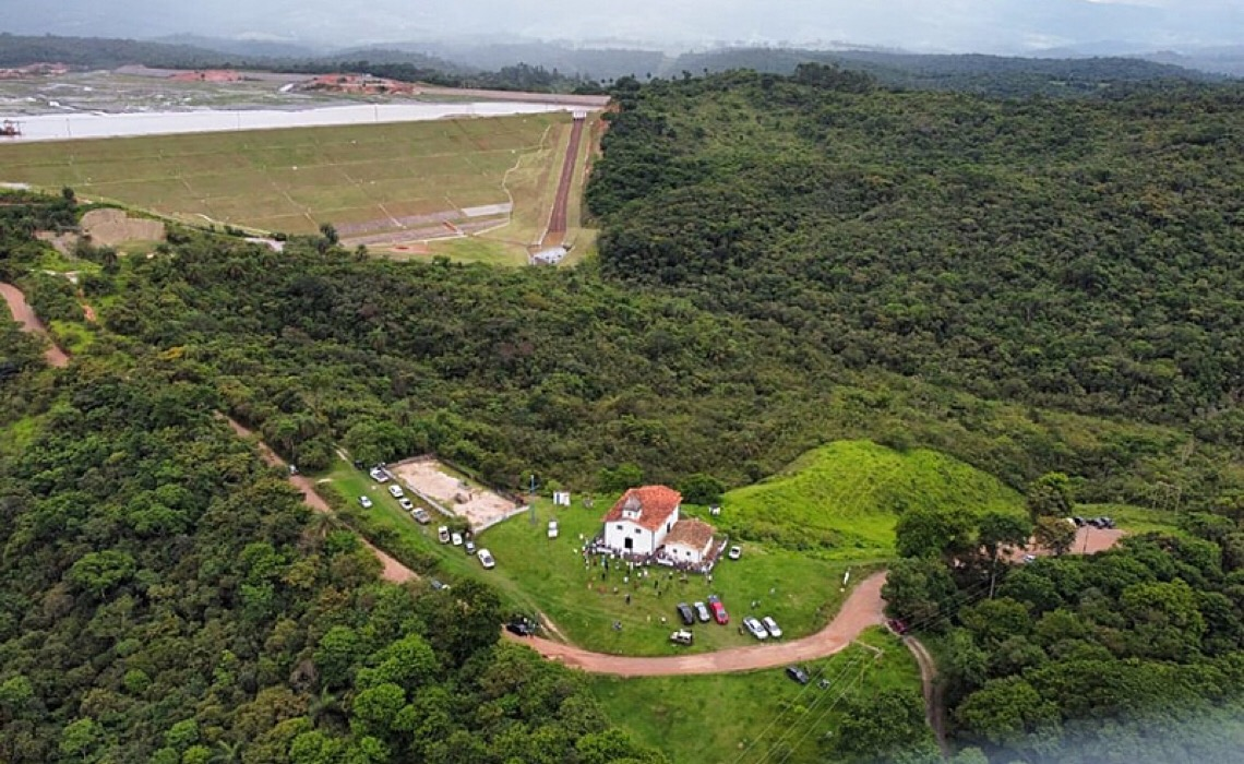 Em Minas Gerais, dossiê aponta violações de direitos humanos das comunidades da Região do Caraça