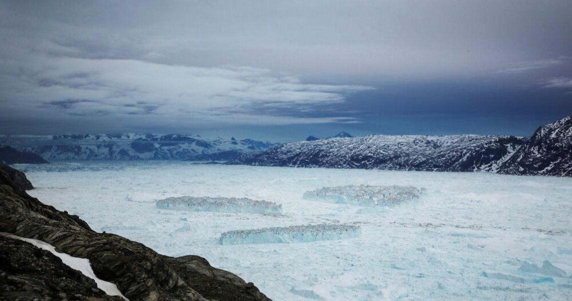 Enorme lago desapareceu misteriosamente em plataforma de gelo da Antártica