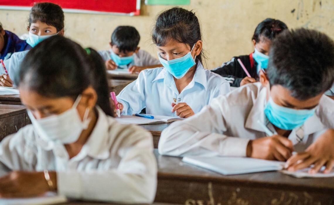 Um terço dos países não tem medidas para ajudar alunos afetados pelo encerramento das escolas
