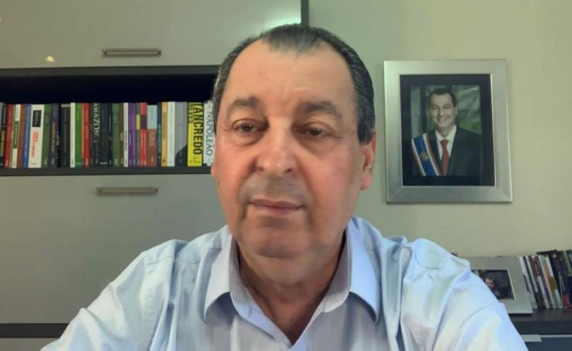 """Omar Aziz responde dizendo que """"Bolsonaro mente, prevarica, desfaz fatos e cria versões"""""""