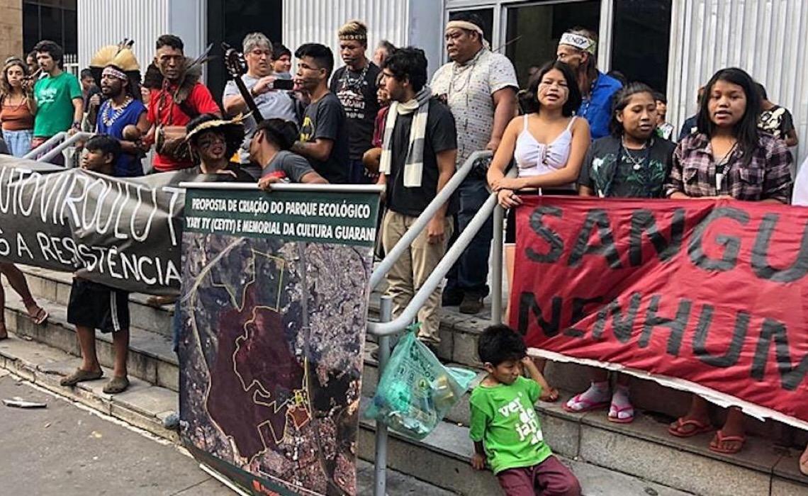 As ameaças do mercado imobiliário ao direito à terra dos povos indígenas