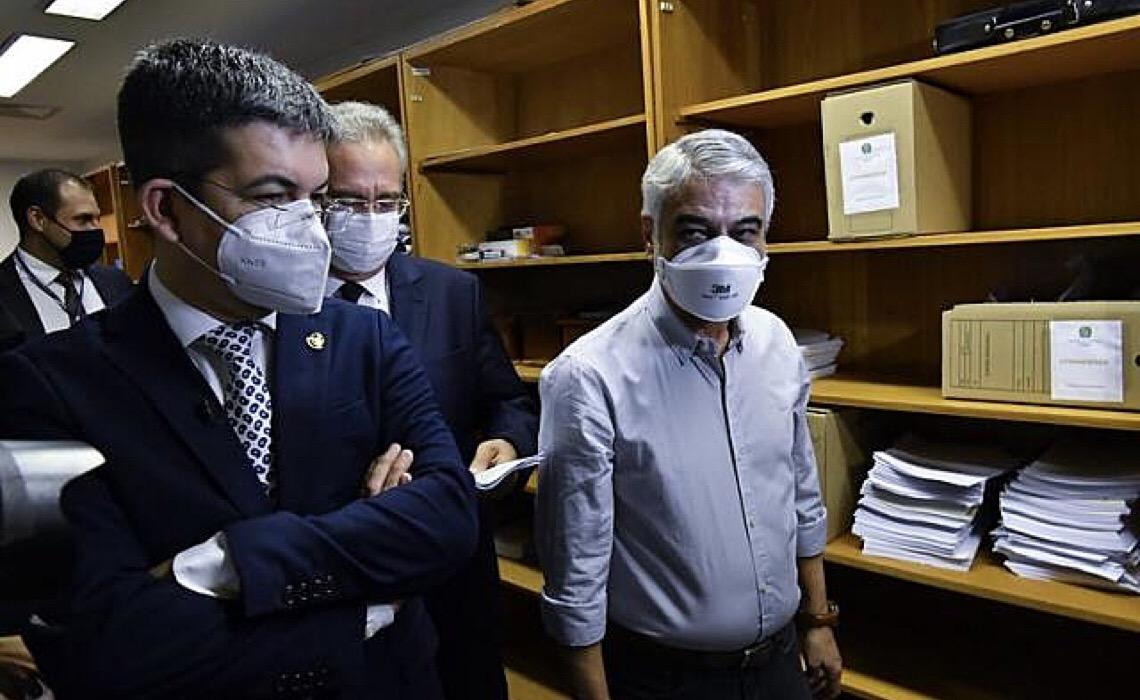 CPI da Covid analisa quase 2.000 documentos; saiba quais têm maior potencial explosivo