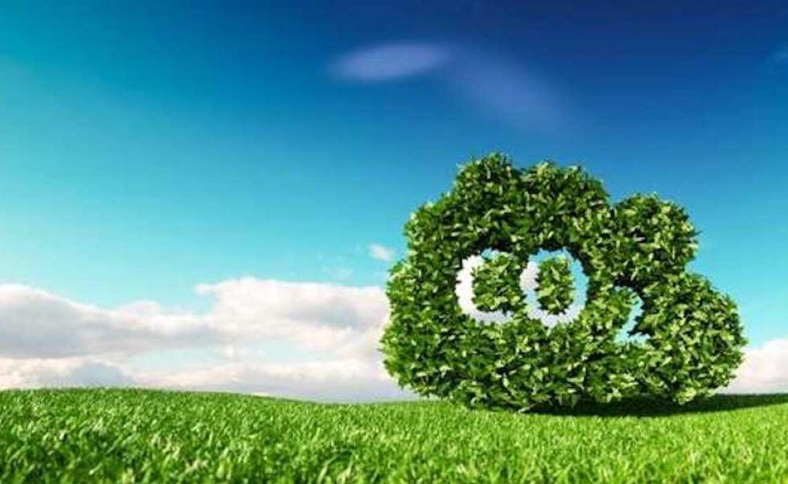 Emissões mundiais de dióxido de carbono são reduzidas, mas há risco de recuperação