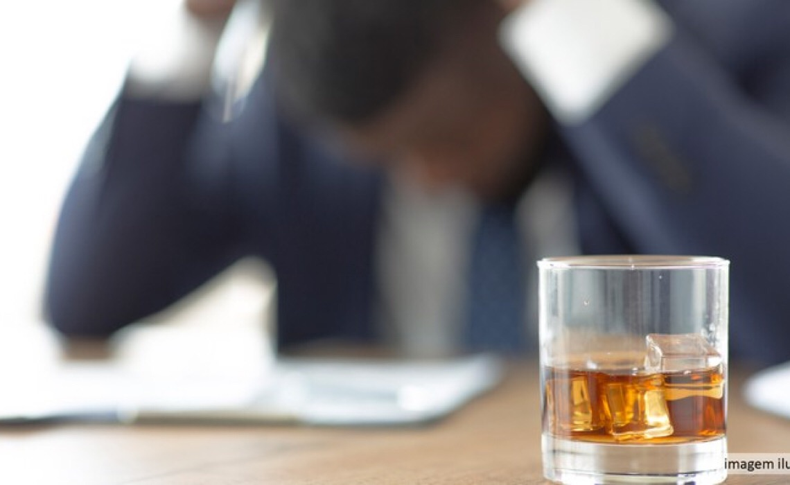 DF deve promover internação compulsória de dependente de álcool