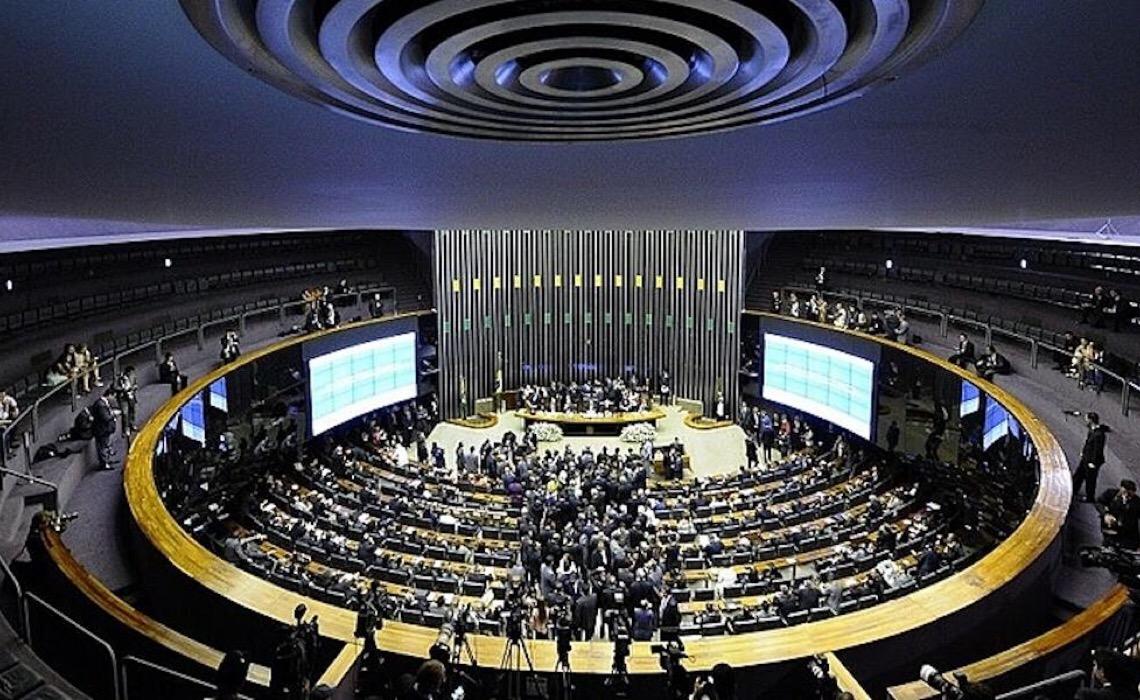 À proposta de semipresidencialismo de Lira e o jogo político anti-Lula: entenda cenário