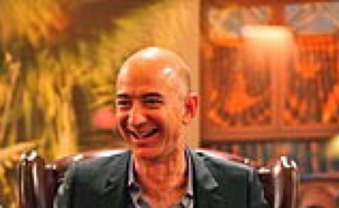 Superexploração e impostos zerados: Quem é Jeff Bezos, o bilionário que foi passear no espaço