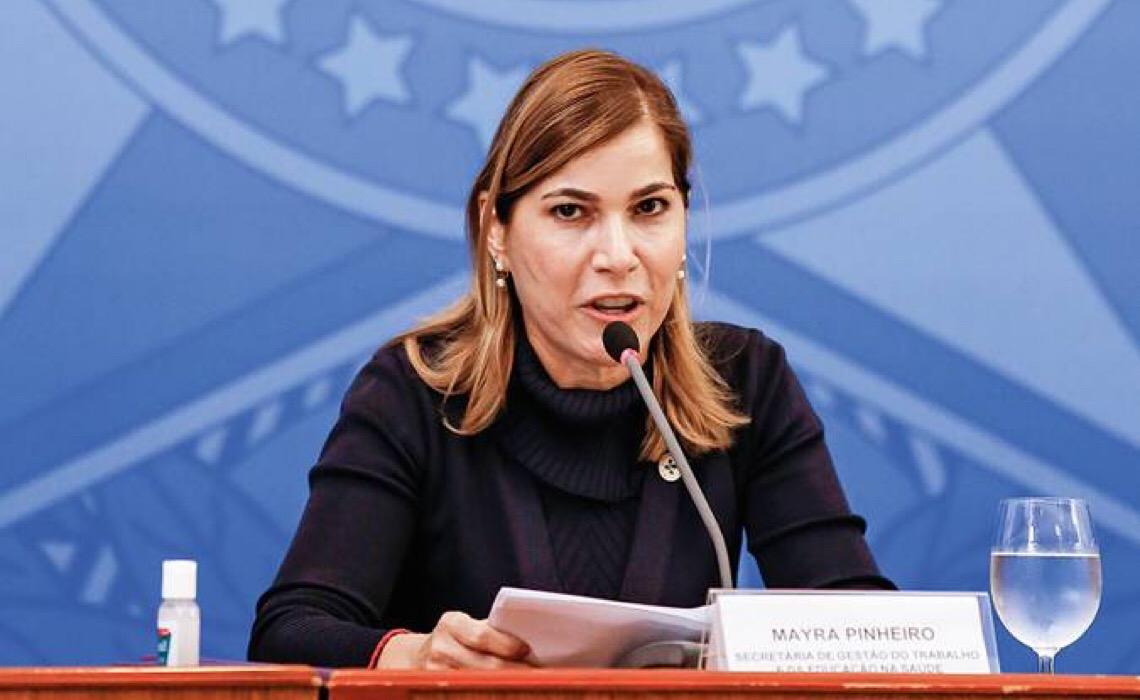 Secretária do Ministério da Saúde revela reunião com embaixador de Portugal sobre tratamento precoce