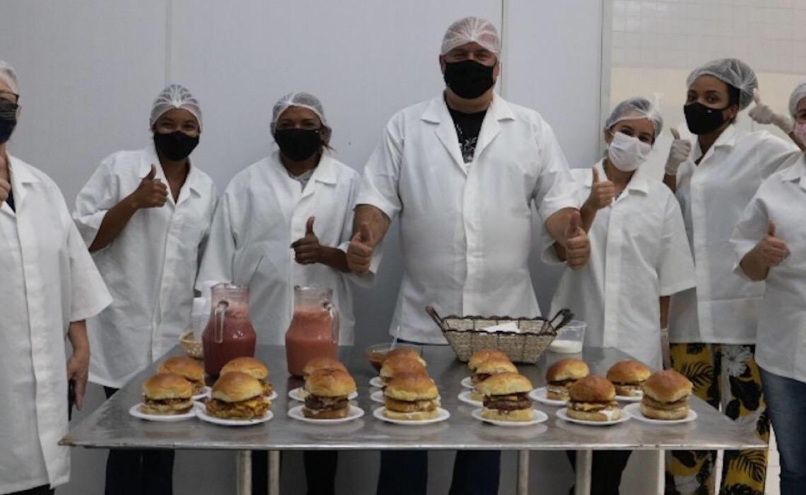 Curso ensina como produzir e vender hambúrguer artesanal