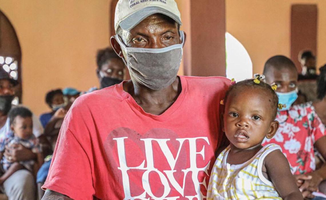 Quase metade das crianças vivendo com HIV não recebe tratamento