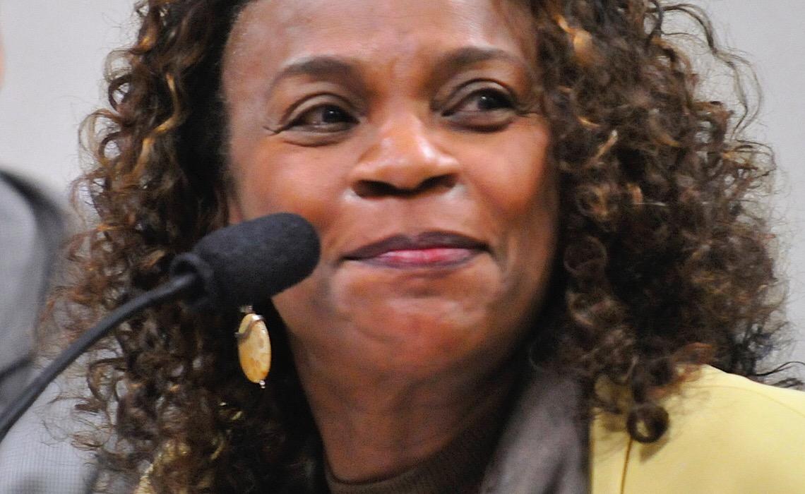 Evento que celebra o Dia da Mulher Negra tem Zezé Motta soltando a voz
