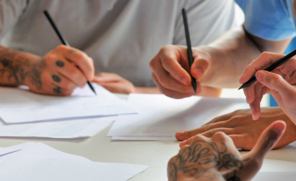 Reintegração social: A tatuagem como caminho para a ressocialização