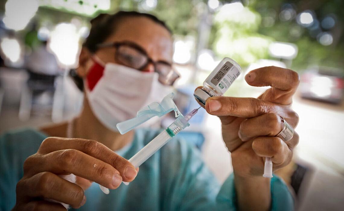 Vacina contra gripe no Distrito Federal segue disponível para a população