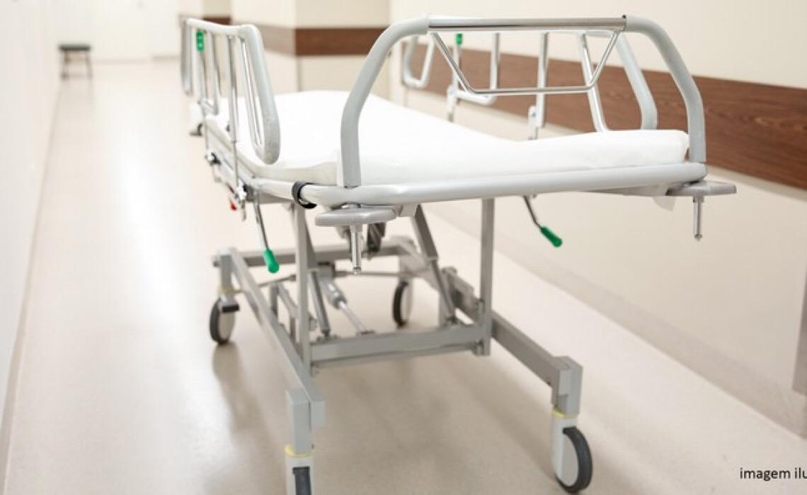 Justiça julga inconstitucionais dispositivos da lei que obriga DF a comprar macas hospitalares