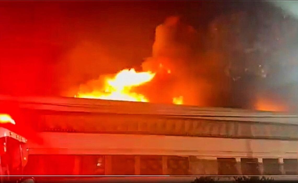 Incêndio atinge galpão da Cinemateca Brasileira