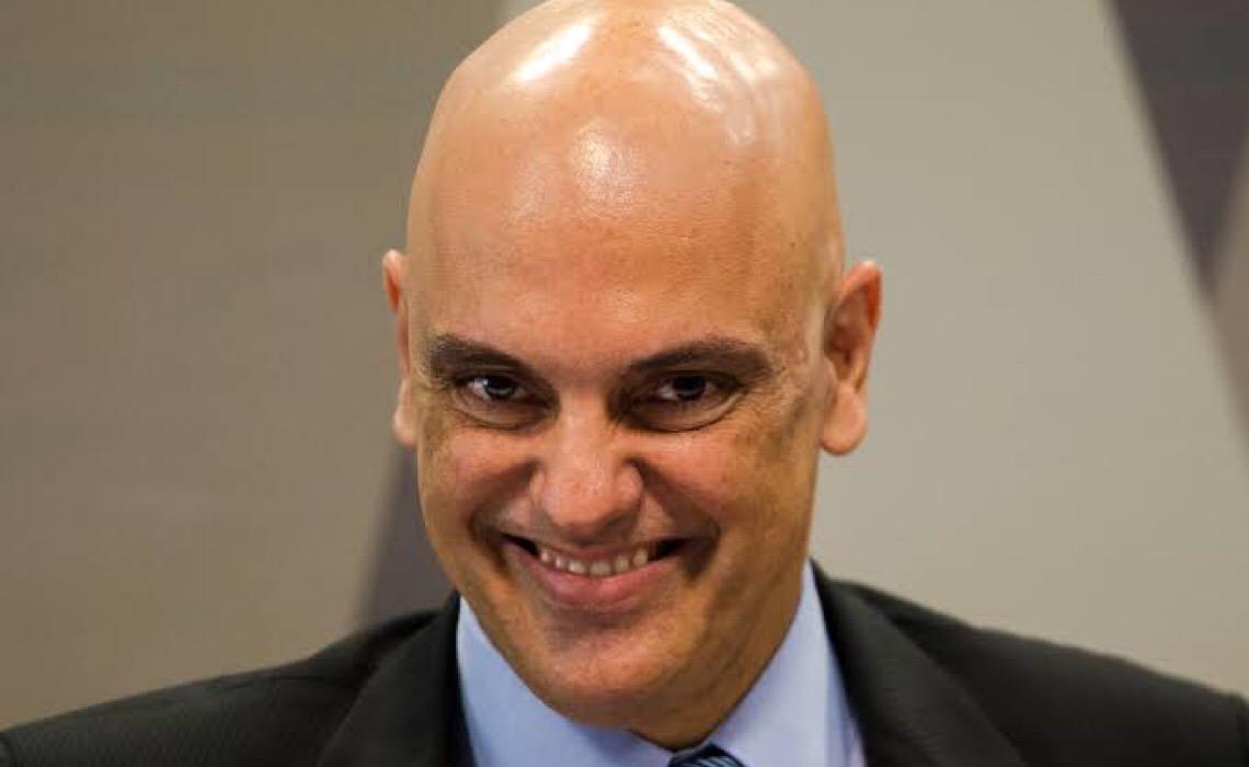 Ministro Alexandre de Moraes manda PF retomar inquérito Moro x Bolsonaro