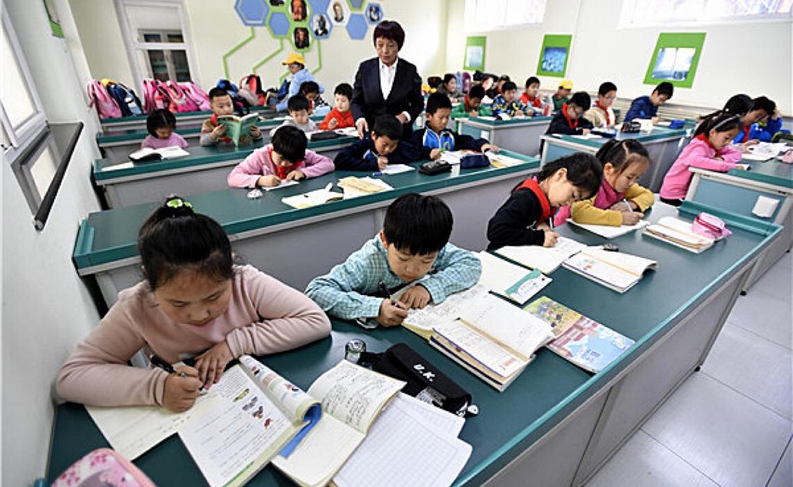China reforma setor privado de reforço escolar e impõe restrição a empresas com fins lucrativos