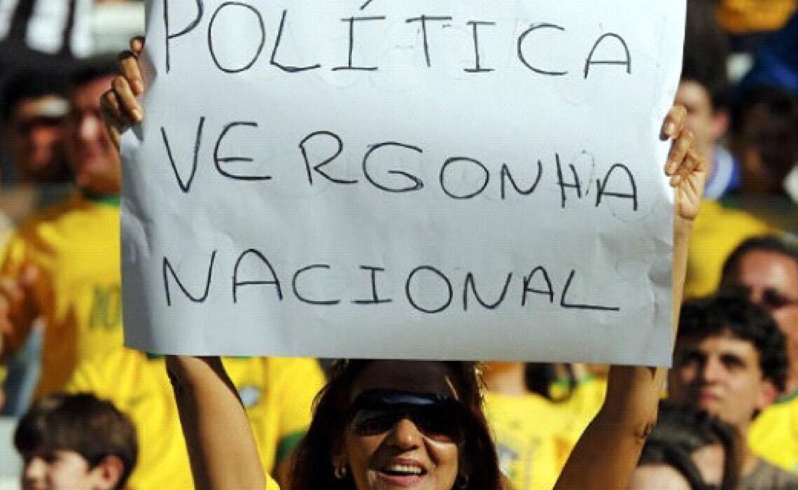 Tensão política no Brasil supera média mundial, diz estudo