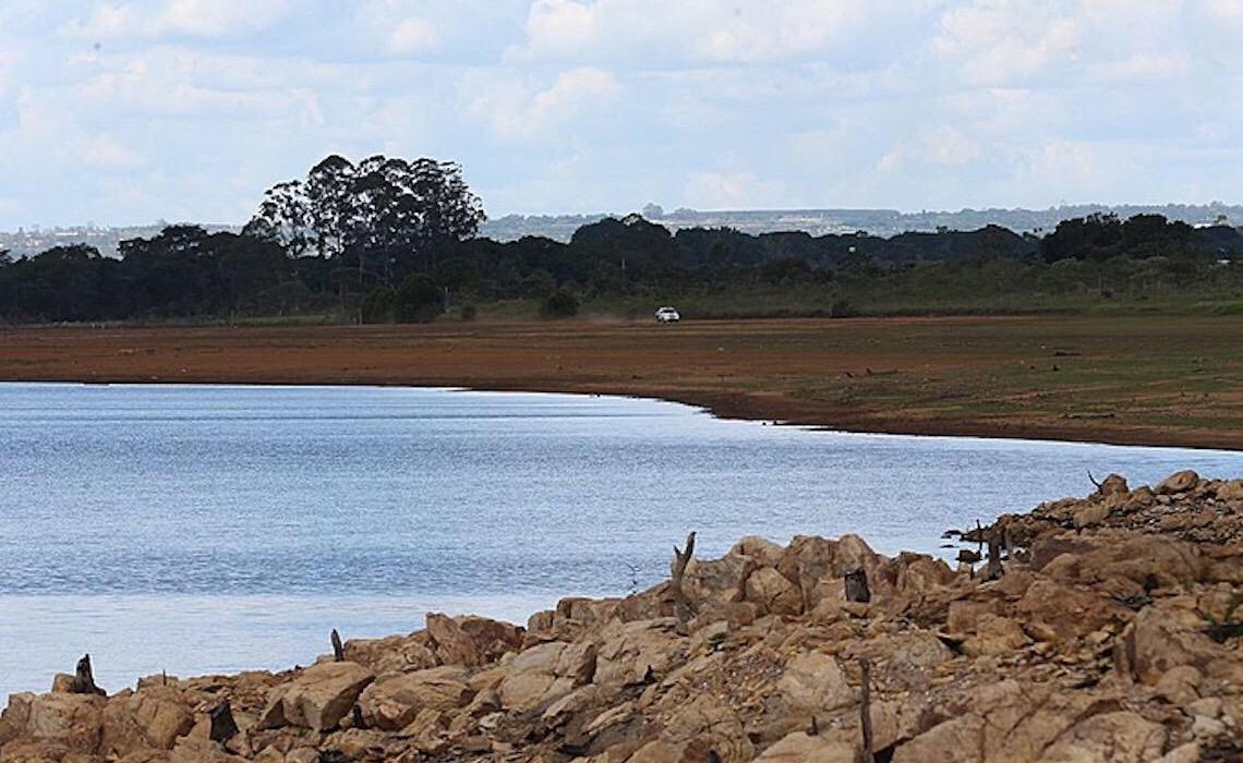 Seca leva 53 municípios do centro-sul a adotar racionamento de água