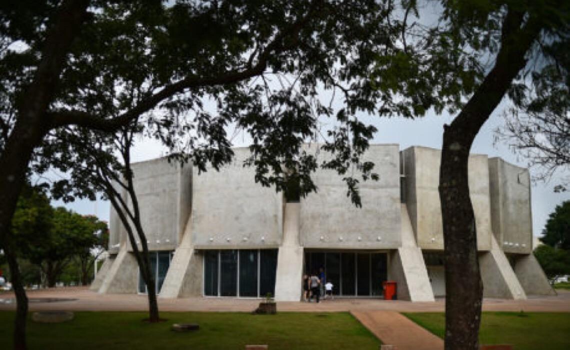 Planetário de Brasília reabre agendamento para escolas e grupos