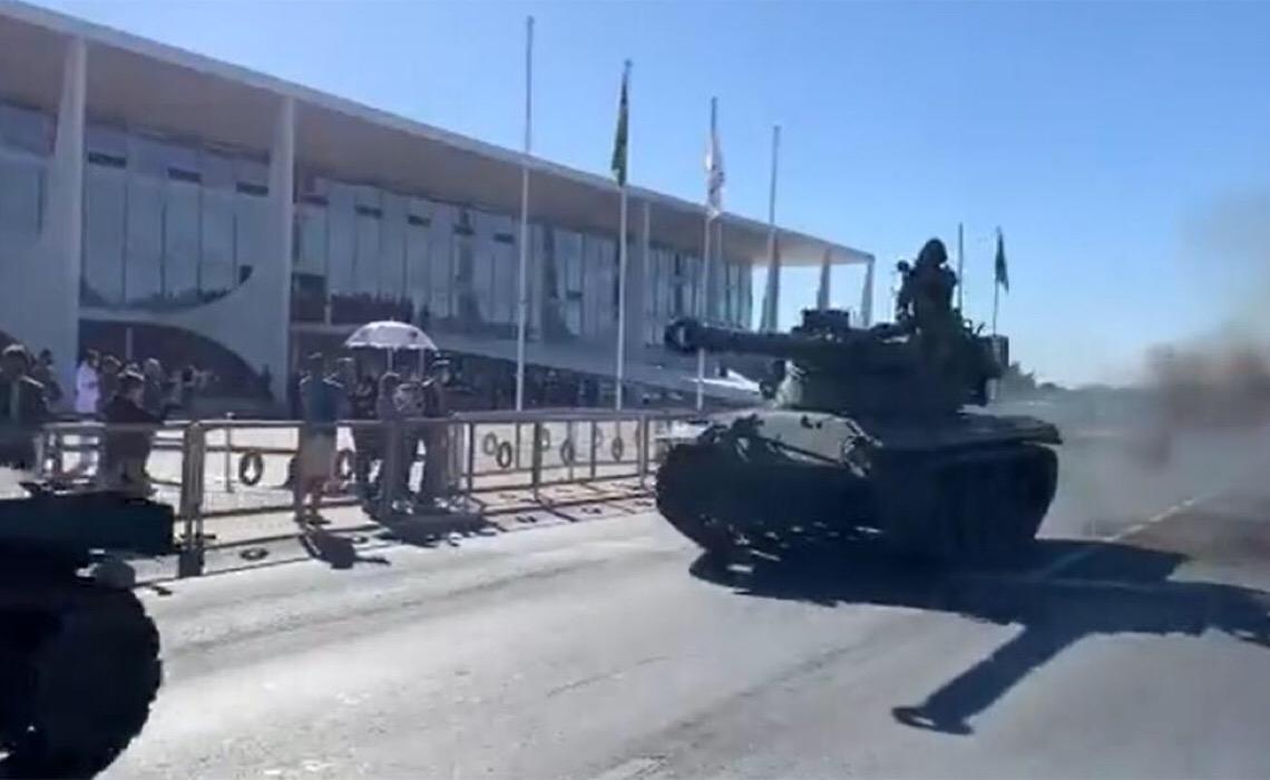 O objetivo dos atos de 7 de setembro é invadir o Congresso e o STF, aponta o Estado de S. Paulo