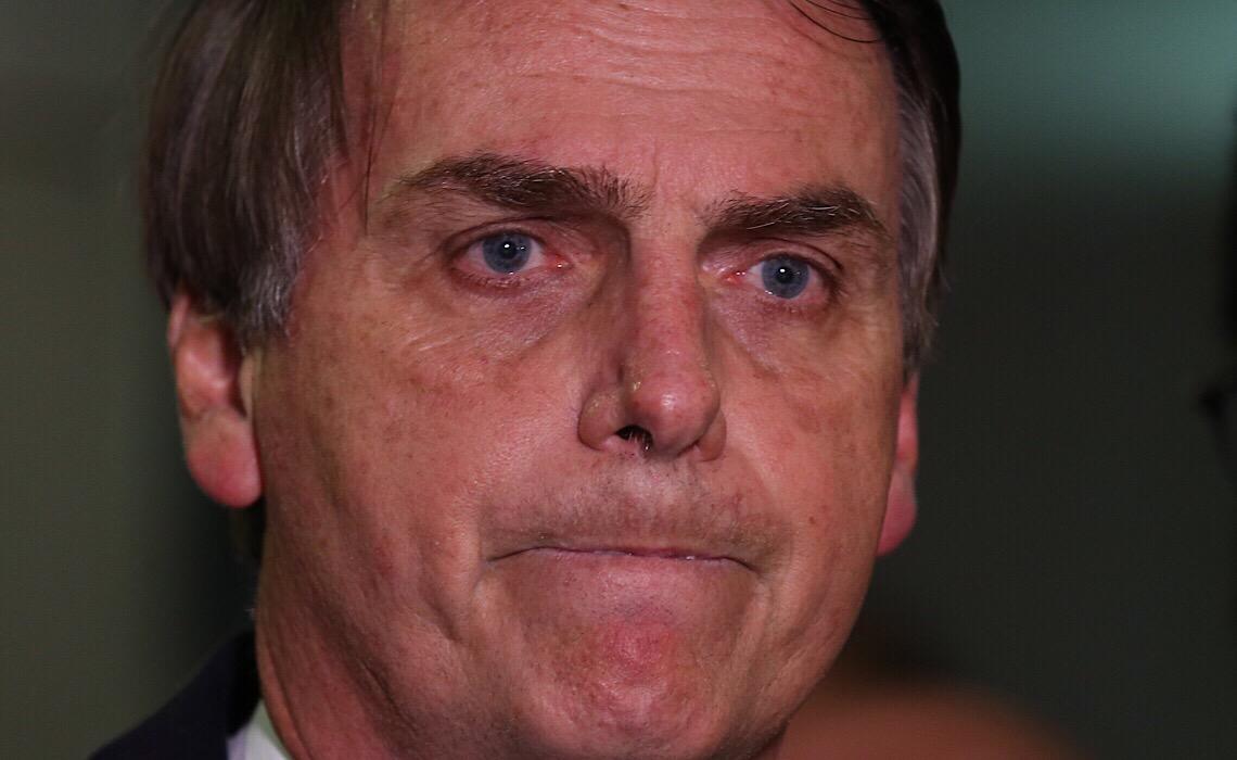 Bolsonaro arrebenta a corda e fascismo avança rumo à ruptura violenta