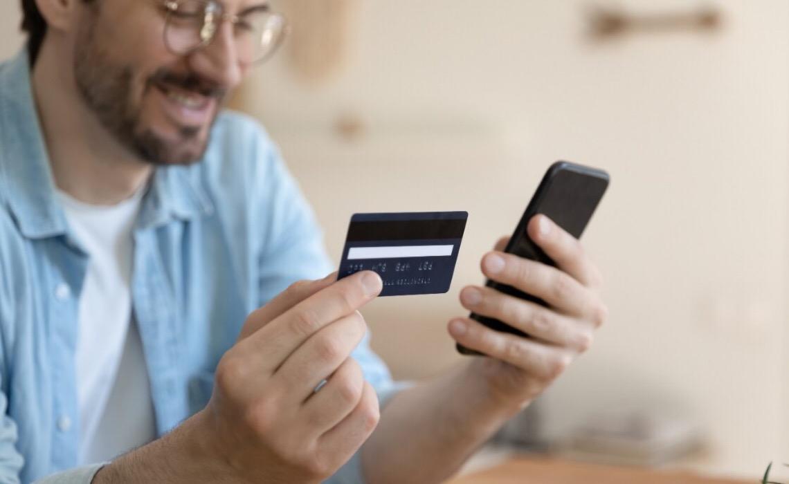 Cresce adesão por bancos digitais, aponta estudo