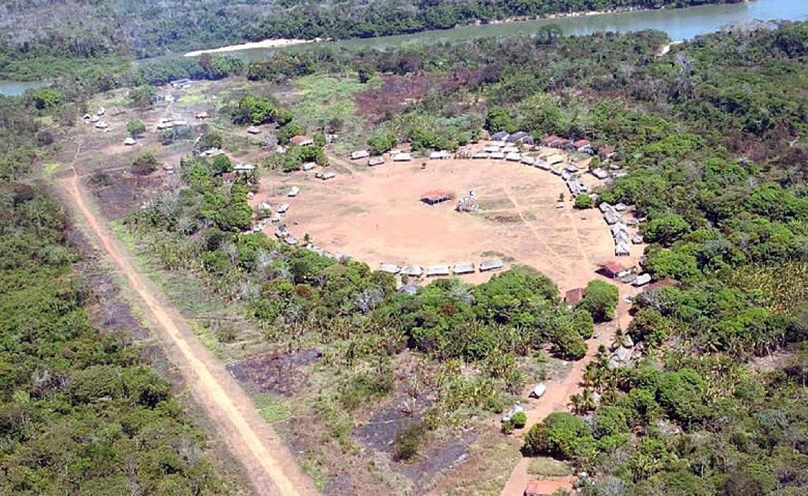 """Governo brasileiro colocou para """"adoção"""" de empresas 5 milhões de hectares sobrepostos a terras indígenas"""