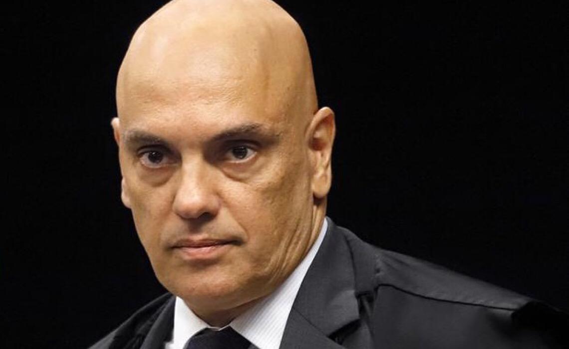Alexandre de Moraes nega acordo para salvar bolsonaristas;