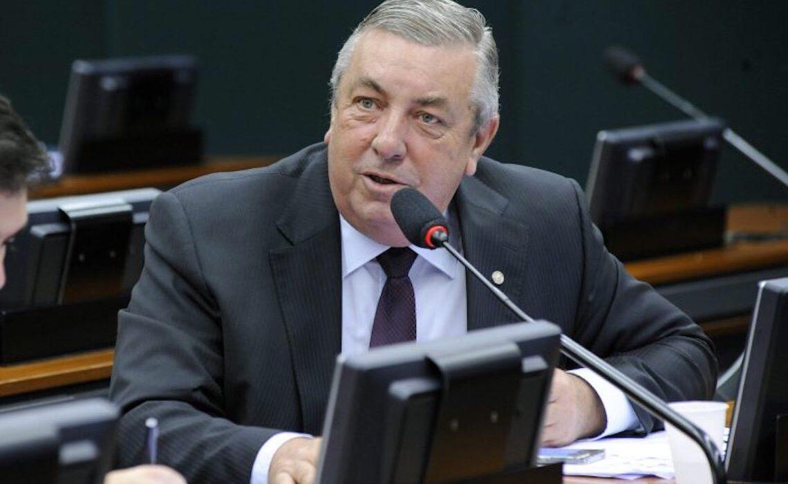 Comissão da Câmara aprova projeto que altera área da Floresta Nacional de Brasília