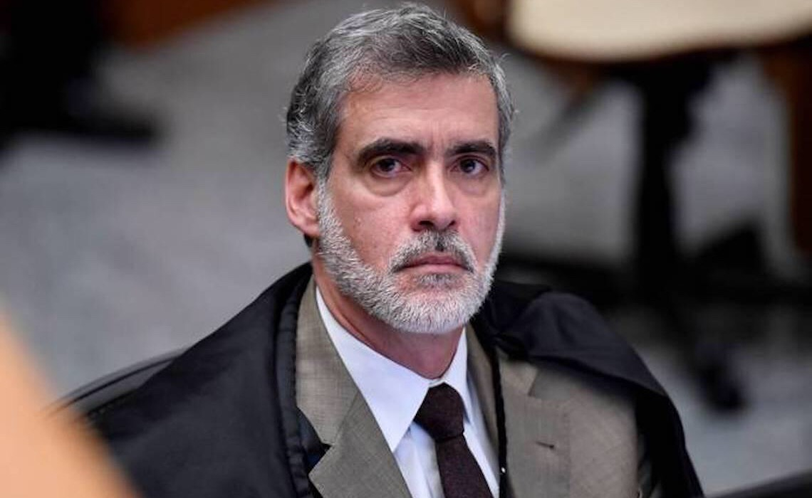 Ministro do STJ relaciona Bolsonaro a aumento de mortes violentas no país