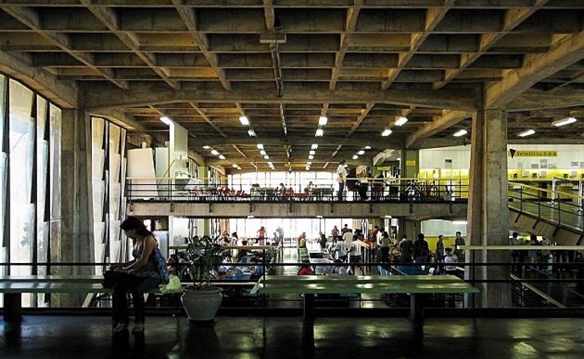 Estudantes da UnB reclamam de aumento na refeição do Restaurante Universitário
