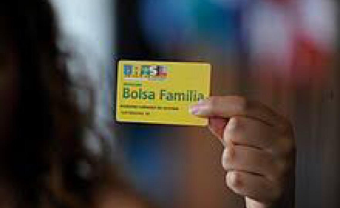 Fila para o Bolsa família atinge mais de 2 milhões de brasileiros, aponta Consórcio Nordeste