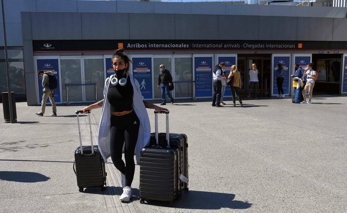 Argentina reabre fronteiras aéreas para turistas brasileiros