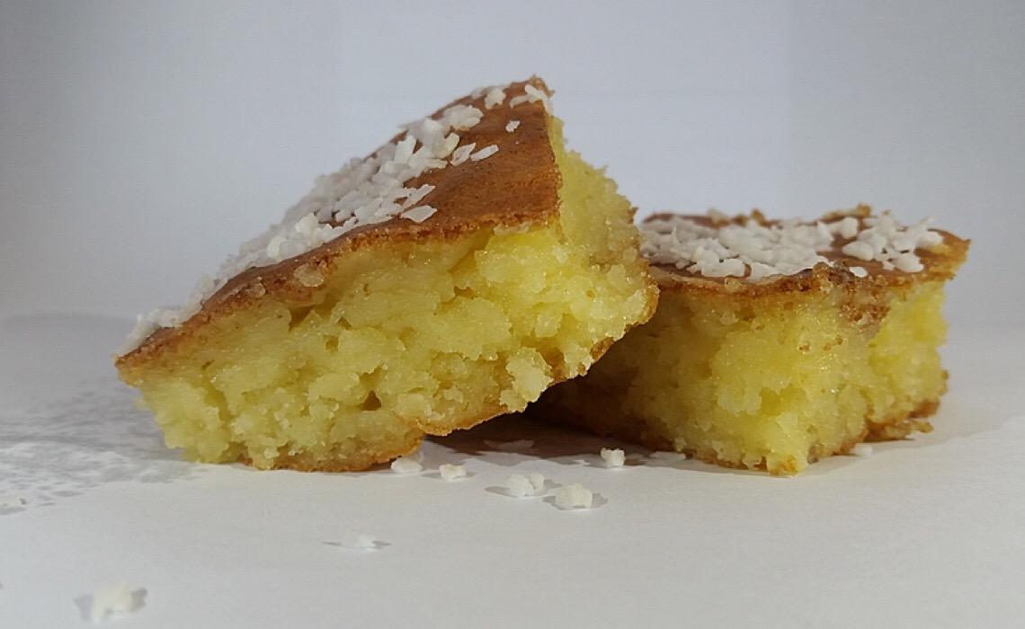 Aipim, mandioca ou macaxeira? Escolha o nome e a consistência na preparação do bolo