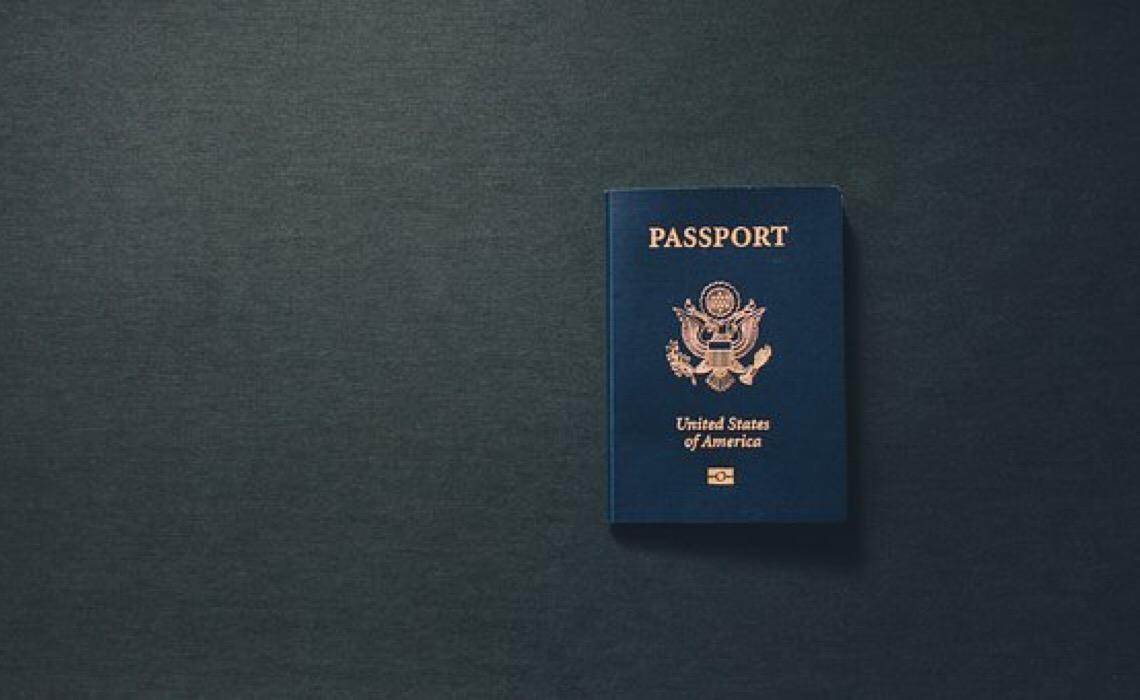 Classificação do poder dos passaportes registra a maior lacuna na liberdade de viajar