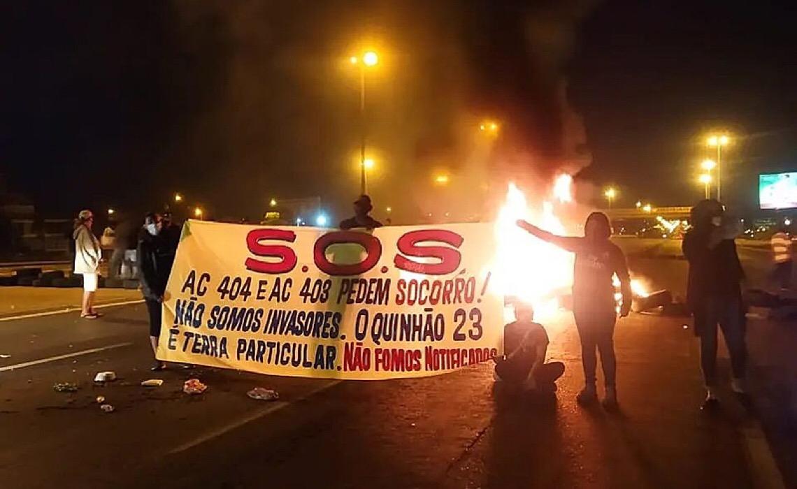 Sem ordem de despejo, GDF expulsa famílias de ocupação em Santa Maria