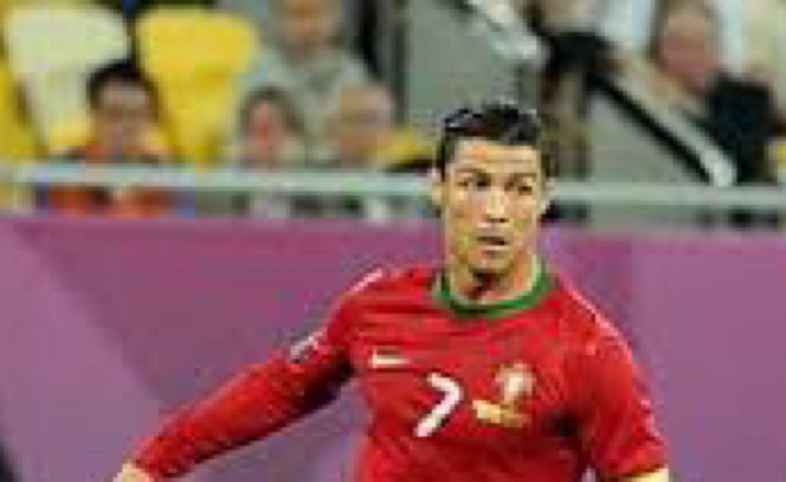 Dinamarca garante vaga na Copa; Portugal goleia com 3 gols de Cristiano Ronaldo