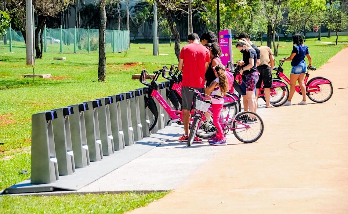 Bicicletas compartilhadas têm boa aceitação do público nos primeiros dias