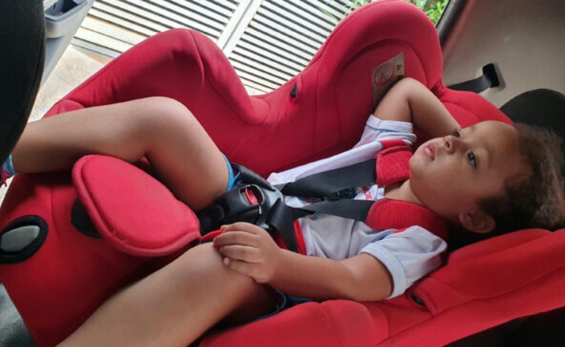 Criança no carro? Cuidado redobrado!