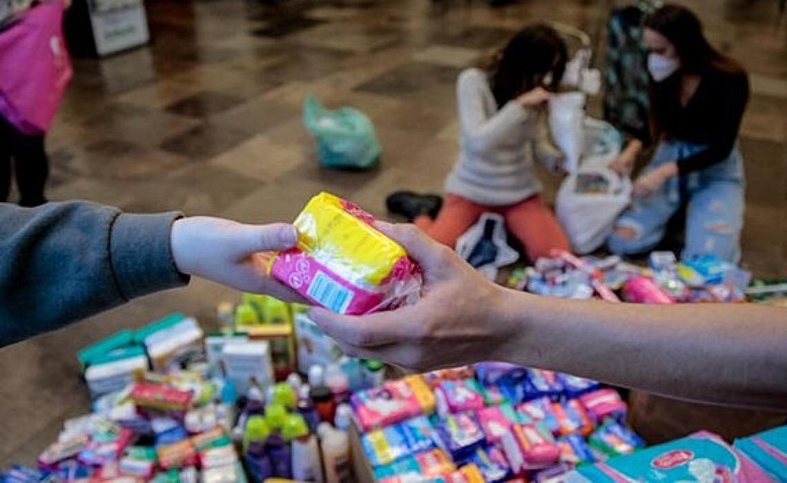 Lei que prevê a distribuição de absorventes higiênicos no DF está só no papel