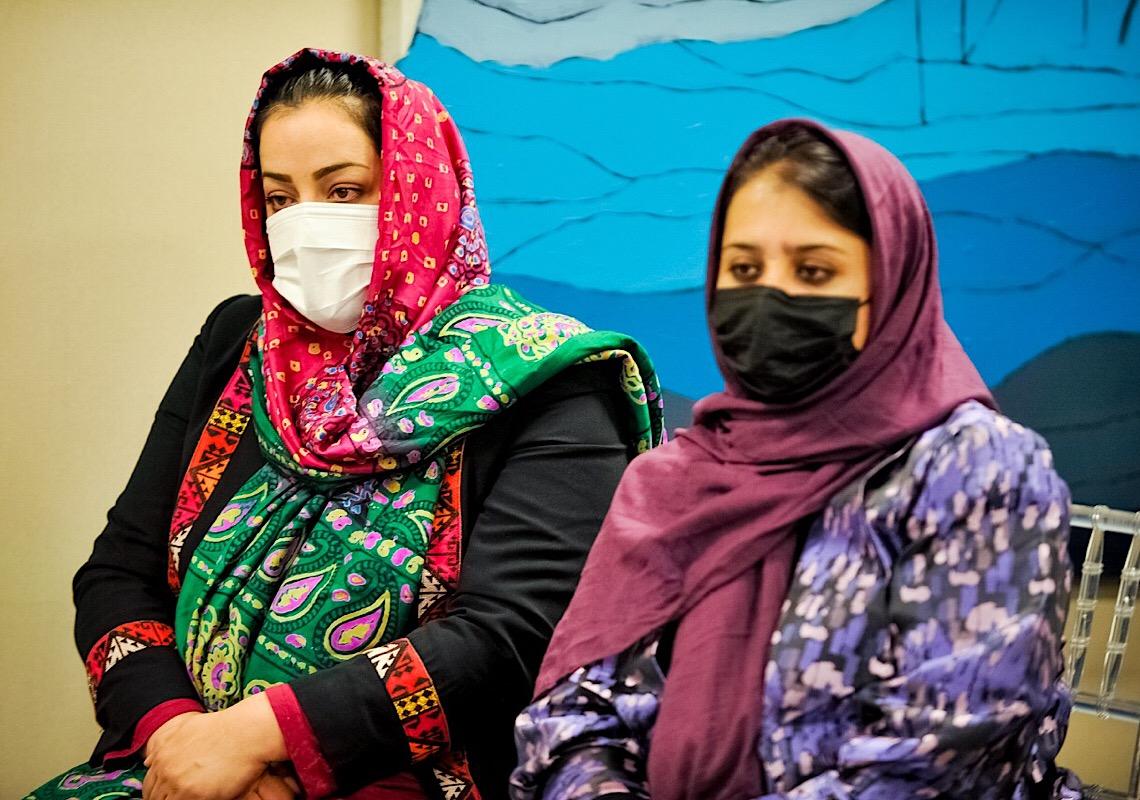Governo do DF dá abrigo a juízas refugiadas do Afeganistão