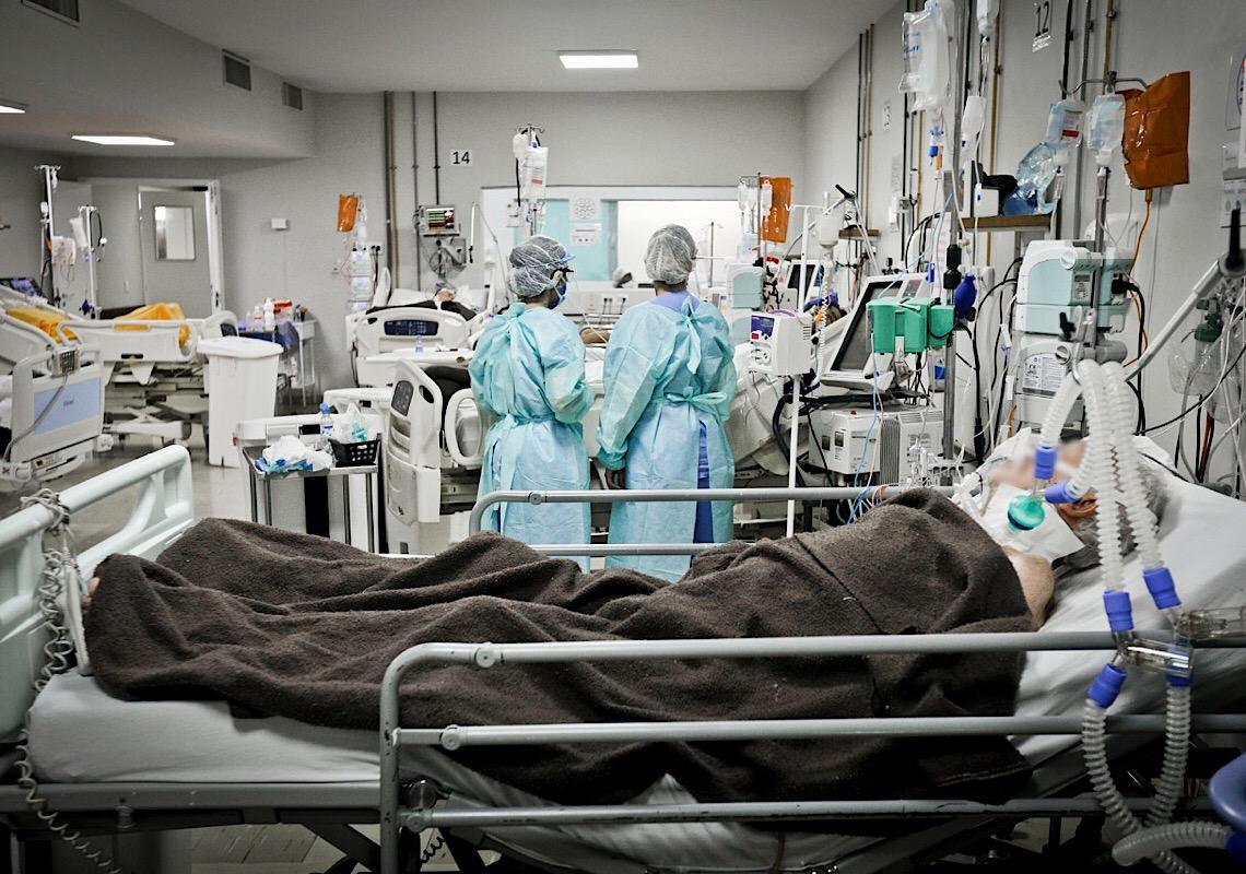 Pacientes que não tomaram a vacina são maioria nos hospitais de campanha do DF