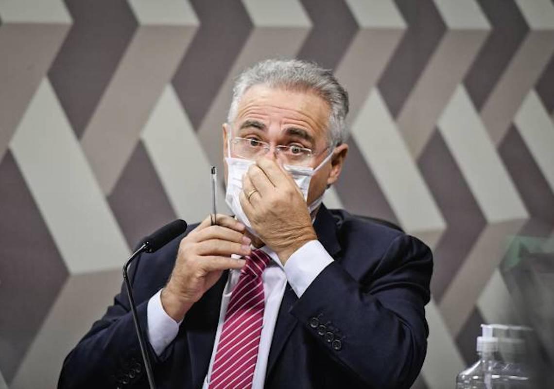 Renan Calheiros pede expulsão de Bolsonaro de redes sociais