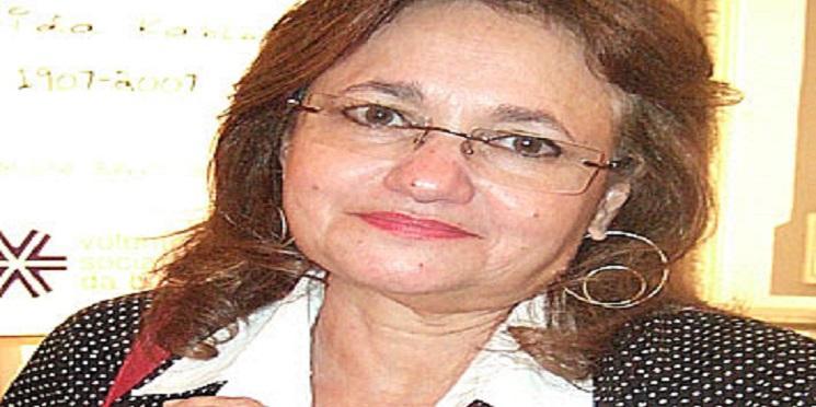 Paloma Amado: Um desafortunado encontro com Requião (e esposa) no aeroporto de Paris