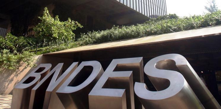O BNDES avisou não ter dinheiro para atender os pedidos do governo federal