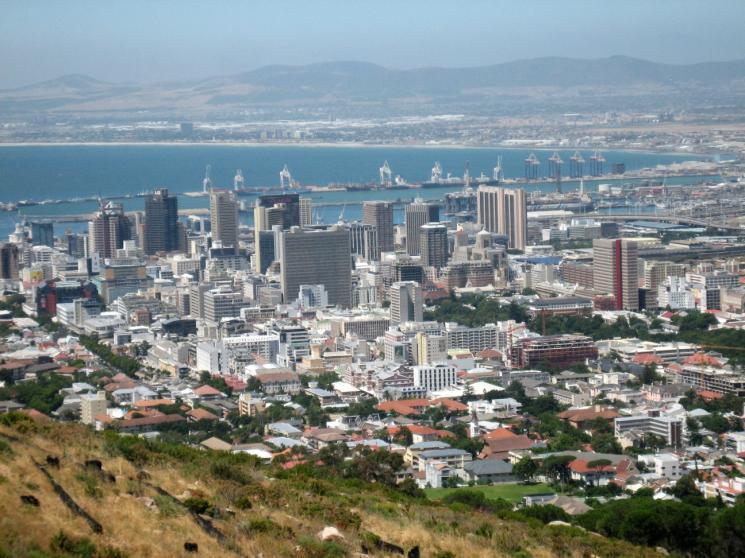 Cidade do Cabo corre risco de ser o primeiro grande aglomerado urbano do mundo a ficar sem água