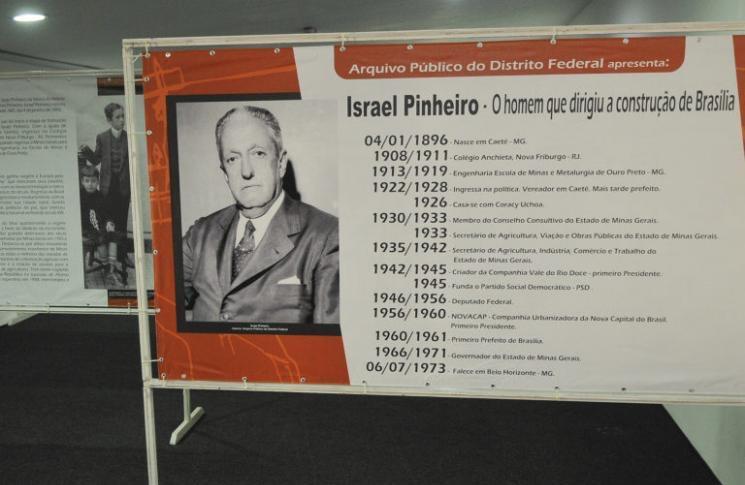 Exposição destaca a vida do pioneiro que dirigiu a construção de Brasília