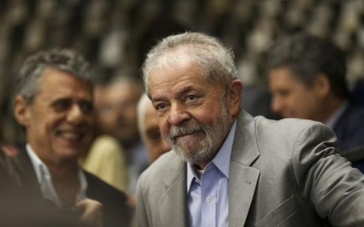 Fachin nega habeas corpus a Lula e envia recurso ao plenário do STF