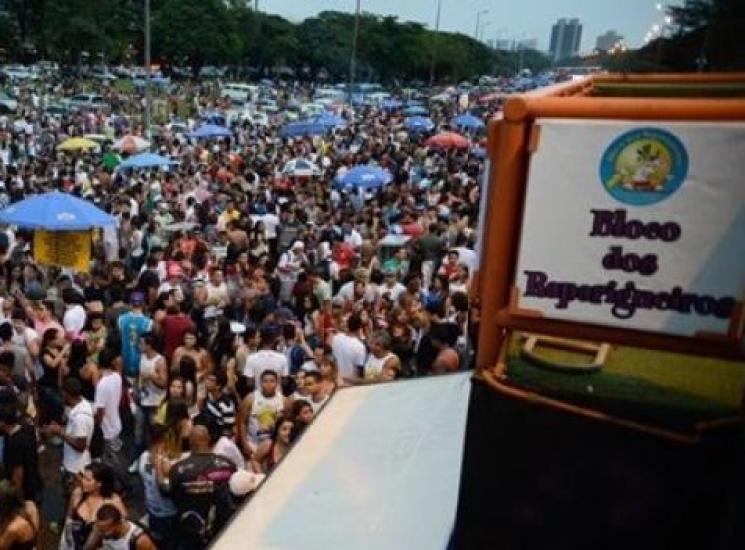 Domingo de carnaval tem registros de esfaqueamentos e furtos